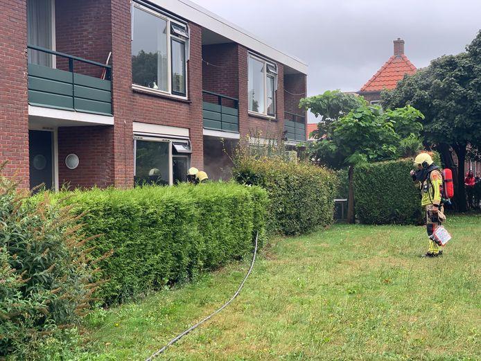 Op 26 augustus 2020 moet de brandweer uitrukken voor een felle brand bij een zorgwoning aan de Wondedwarsweg in Almelo.
