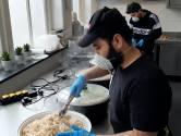 Nu voedselbank in Hengelo dicht is, neemt de moskee de plek in