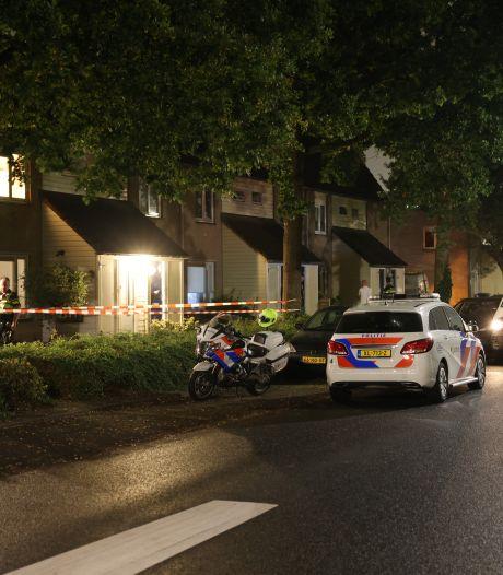 Man (32) opgepakt na aantreffen zwaargewonde man in woning in Zwolle