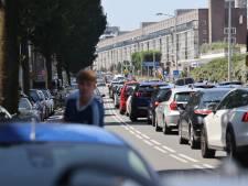 Overvolle parkeergarages in Scheveningen op drukke stranddag zonder noemenswaardige problemen