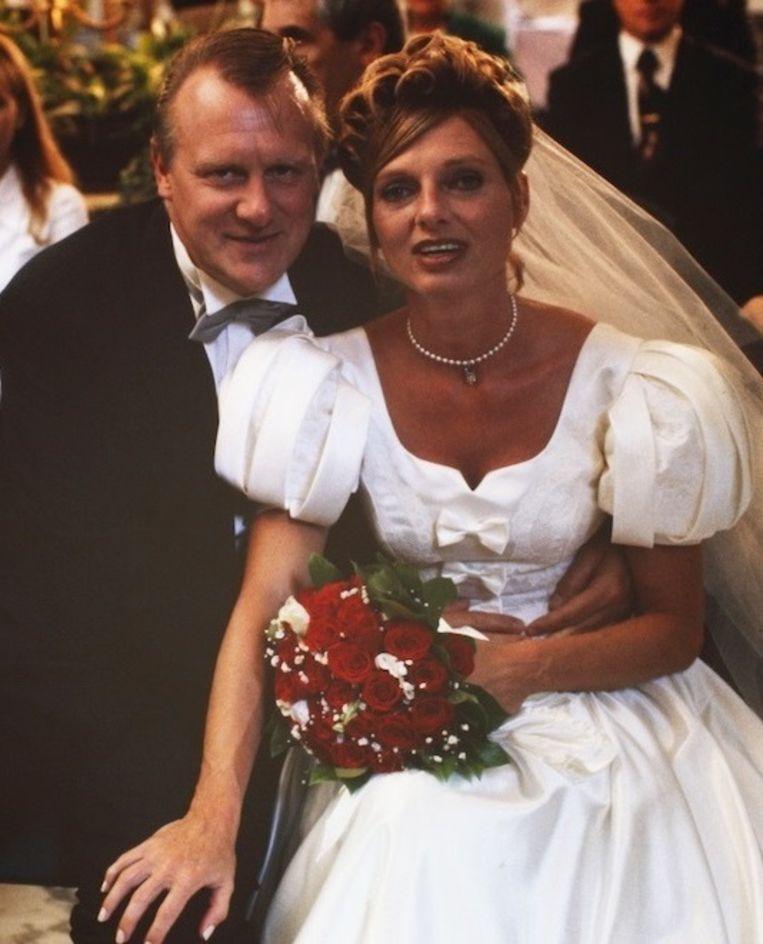 De huwelijksfoto van de twee. Beeld VRT