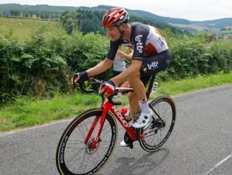 KOERS KORT. Van Moer breekt heup na val op training - Hodeg snelste van het pak in openingsetappe Tour de l'Ain - Vingegaard tot eind 2024 bij Jumbo-Visma