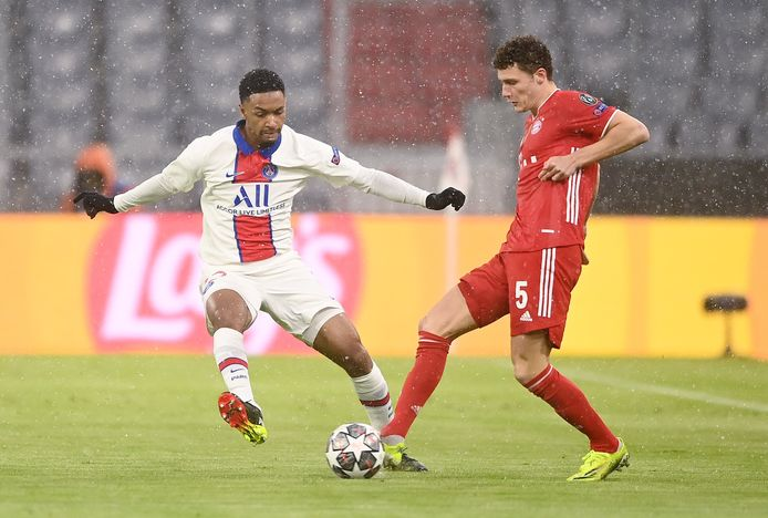 Abdou Diallo, nu bij PSG, en Benjamin Pavard (Bayern).