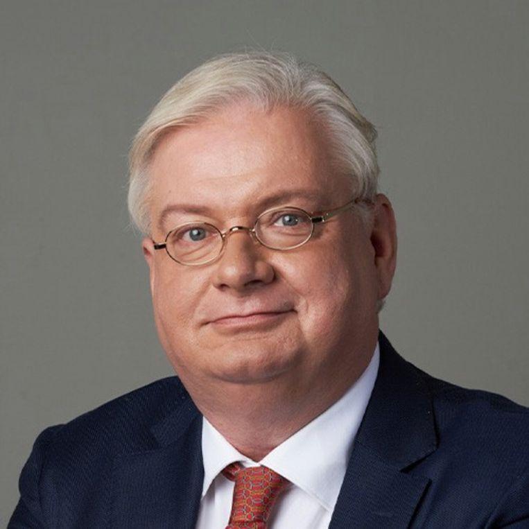Olaf Ephraim, Forums financiële man. Beeld