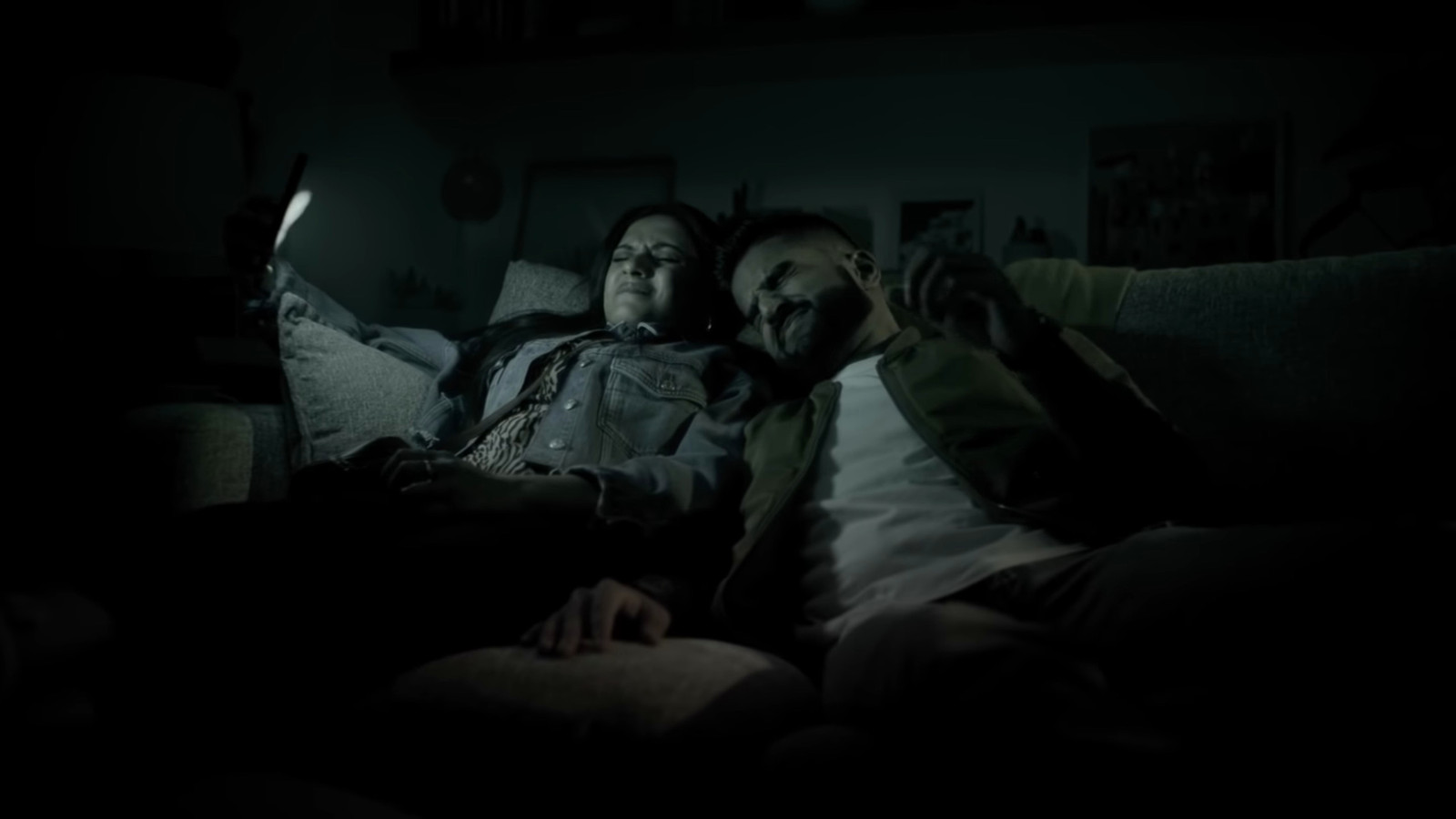 Vooral in bed zou de donkere schermmodus voordelen bieden.