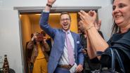 """VIDEO. Wouter Vermeersch (Vlaams Belang) tijdens overwinningsspeech: """"Ik heb nooit in een democratie geleefd"""""""