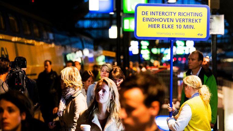 Op woensdagen wordt momenteel al getest met de tienminutentrein tussen Amsterdam, Utrecht en Eindhoven. Beeld ANP