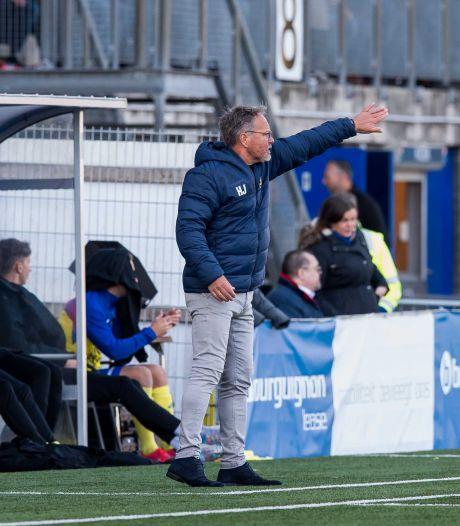 LIVE | Cambuur dankzij eigen goal op voorsprong tegen amateurs Ajax