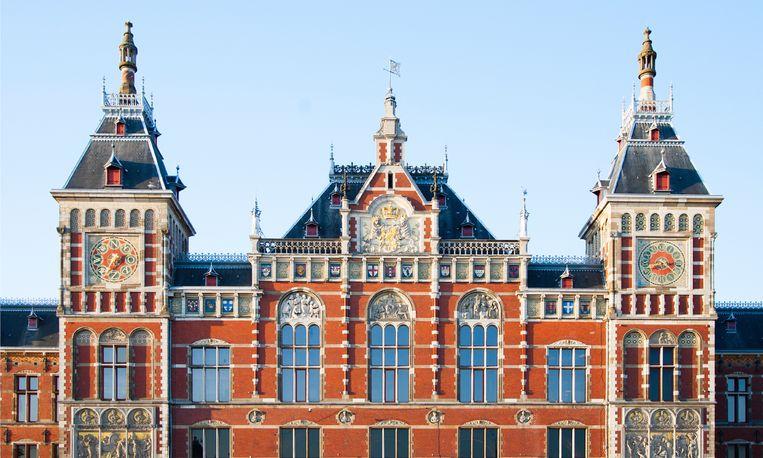 Man keert terug naar Amsterdamse cel waarin hij tijdens oorlog vastzat
