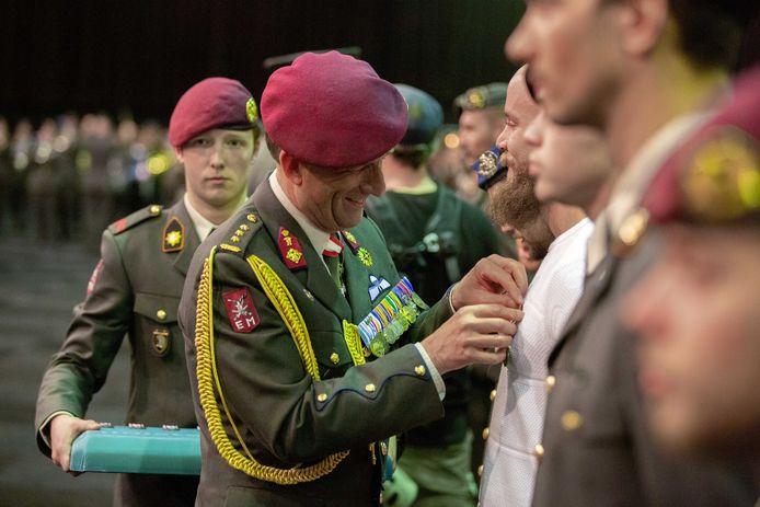 Huldiging van Nederlandse militairen die deelnamen aan diverse missies.