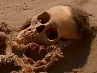 Massagraf met 109 kinderskeletten ontdekt