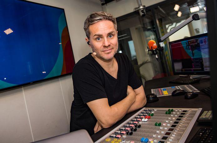 Peter Van De Veire in de MNM-studio
