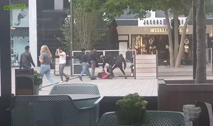 Mishandeling op Plein 44 in het centrum van Nijmegen.