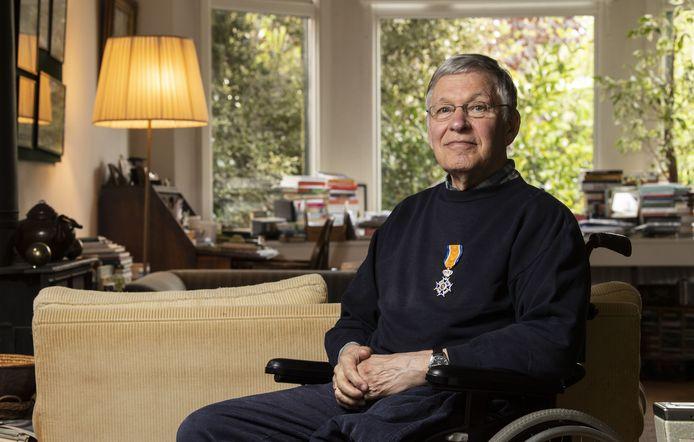 Fransois van Haaff (84) heeft zijn hele leven gewijd aan de luchtvaart. De zweefluchtvaart welteverstaan. Hij heeft veel betekend voor de sport nationaal en Europees niveau. Hij kreeg er tijdens de lintjesregen een koninklijke onderscheiding voor.