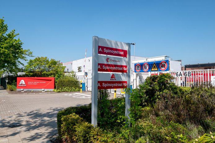 Axalta Coating Systems maakte bekend haar verffabriek binnen twee jaar te sluiten.