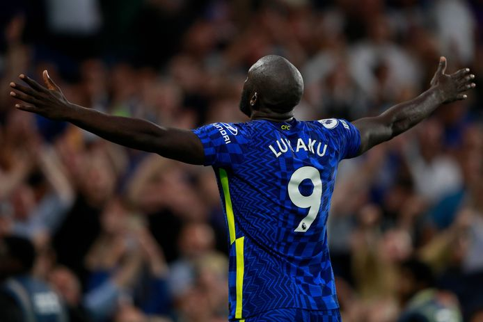 Romelu Lukaku a inscrit ses deux premiers buts à Stamford Bridge, samedi soir, contre Aston Villa.