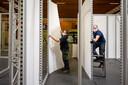 Vierhonderd lopende meter aan tentoonstellingspanelen moeten verwerkt worden.
