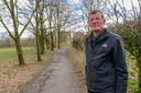 Voorzitter van de Stichting Vrienden van Gennep, Kik de Nooijer, vertelt mening over visie op de inrichting van het gebied. Eindhoven
