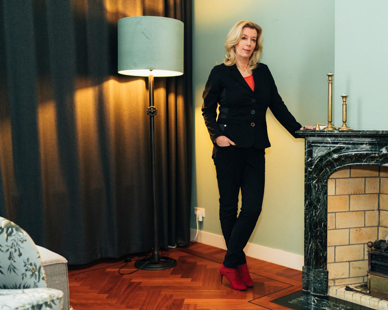 Liane den Haan, lijsttrekker van 50Plus: 'Op school kwam ik altijd in de problemen omdat ik opkwam voor klasgenoten met wie iets aan de hand was.' Beeld Rebecca Fertinel