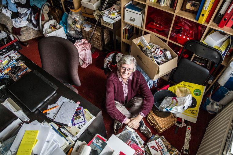 Anja de Jong in haar werkkamer. Beeld Shody Careman