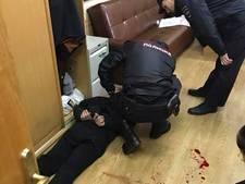 Russische radiojournaliste in nek gestoken, aanvaller gepakt