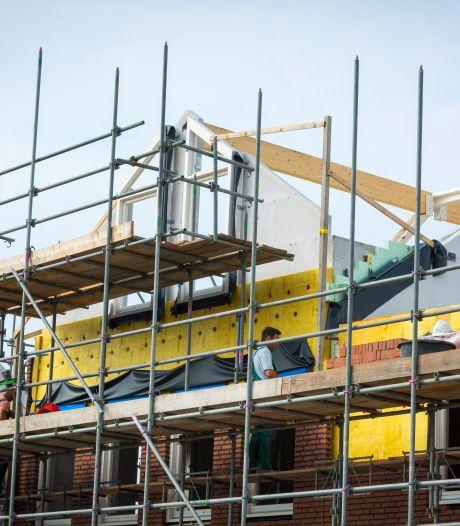 Broodnodige bouw van huizen vertraagd door gebrek aan ambtenaren: 'Hoor dat dit overal bottleneck is'