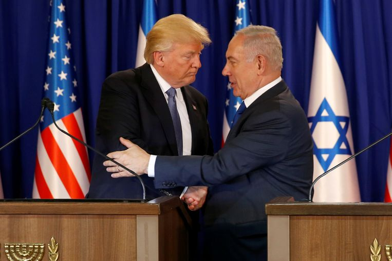 President Donald Trump ontmoette de Israëlische premier Benjamin Netanyahu vorig jaar in mei. Beeld REUTERS