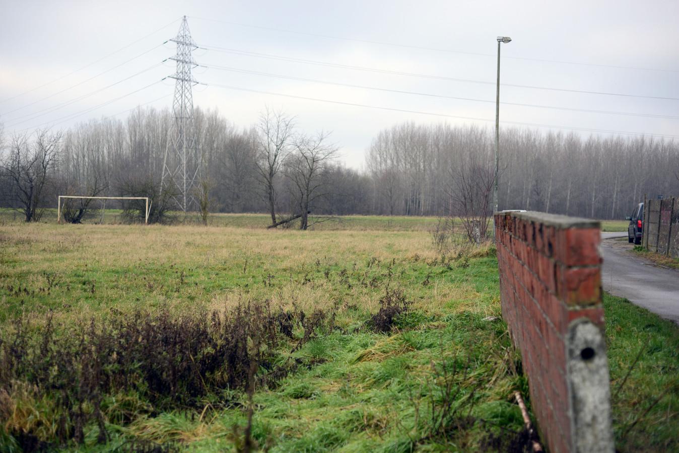 Op dit oude voetbalterrein komt een Urban Sports Park.