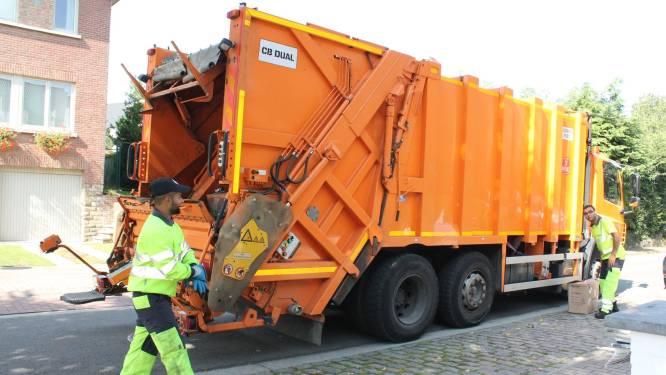 Afvalophaler gewond door scherp voorwerp in vuilniszak
