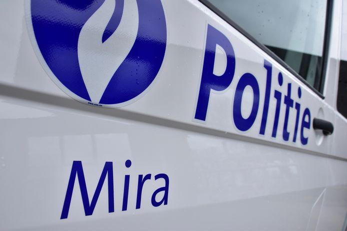 De overspelige relatie en de naweeën na de relatiebreuk speelde zich achter de schermen van de politiezone Mira af.