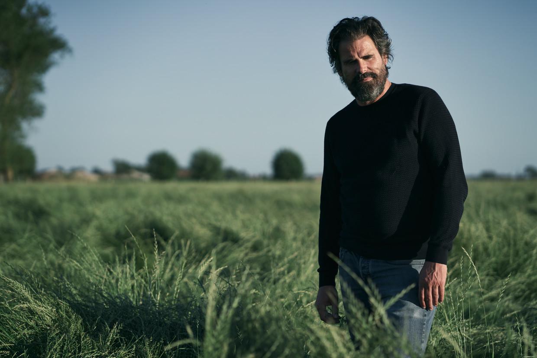Stephan Vanfleteren: 'Wat ik mooi vind aan ons vak, is dat fotografie heel breed gaat, en toch mensen heel diep kan raken.' Beeld Joris Casaer