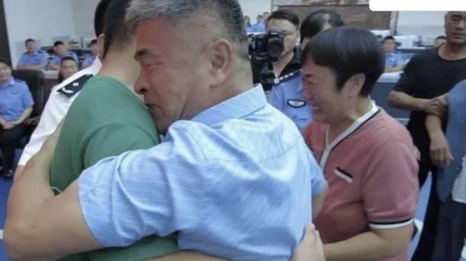 Un père retrouve son fils kidnappé 24 ans plus tôt