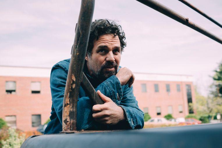 Mark Ruffalo moest alles uit de kast halen voor 'I Know This Much Is True': 'Ik kom vaak uit bij rollen die extremen verzoenen.' Beeld Sarah Shatz