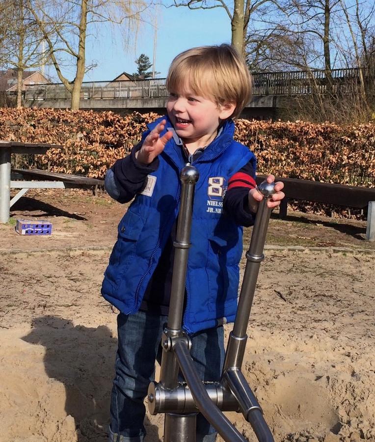 Sebastijaan Jente, de zoon van Gijs Sonnema uit Glane, toen hij 4 jaar was.