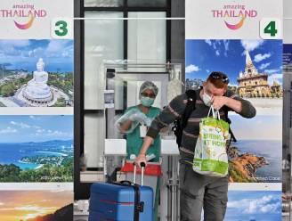 Thailand heropent vanaf november geleidelijk aan grenzen voor gevaccineerde toeristen