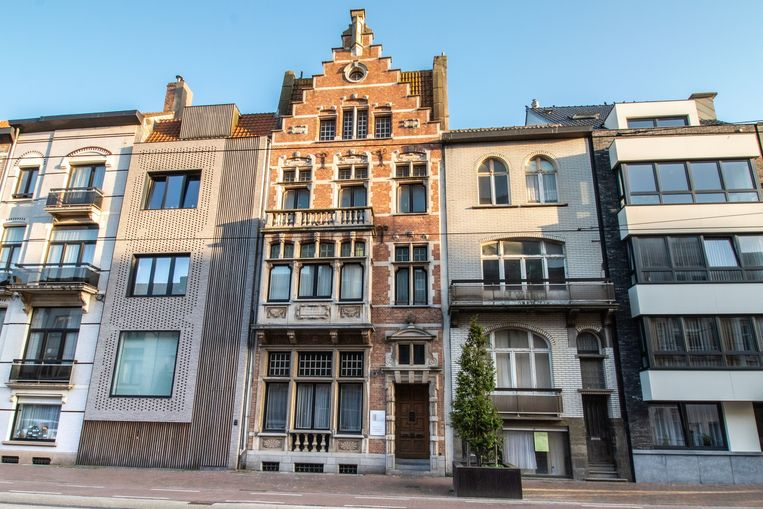 Deze statige herenwoning zou afgebroken worden, tegen de zin van Groen Blankenberge.