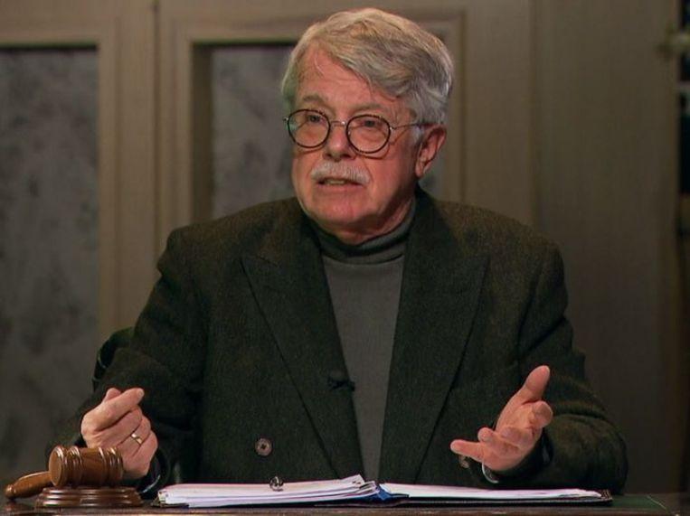 Mr. Frank Visser krijgt versterking: vanaf donderdag een nieuw gezicht in 'Mr. Frank Visser doet uitspraak' Beeld Still SBS