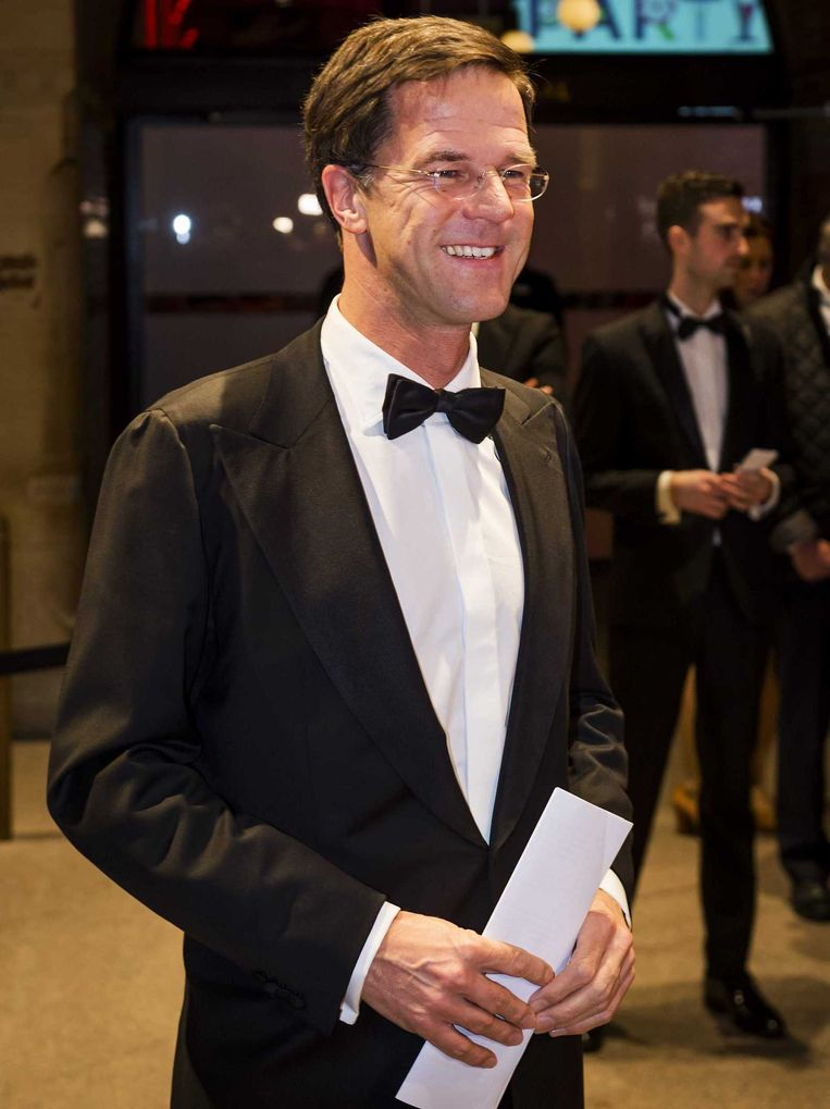 Premier Mark Rutte arriveert in de Beurs van Berlage voor het Nederlandse Correspondents Dinner. In de Verenigde Staten is het Correspondents Dinner het jaarlijkse hoogtepunt voor de parlementaire pers, uitgevers, televisiejournalisten, hoofdredacteuren en politici. Beeld anp