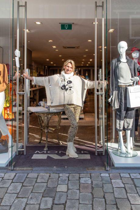 Goese middenstand opent de deuren op afspraak: 'Gezellig dat er weer mensen in de winkel komen'