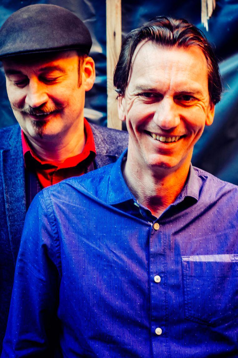 Bert Kruismans  en Bert Gabriëls, beiden comedians en juristen. Beeld Stefaan Temmerman