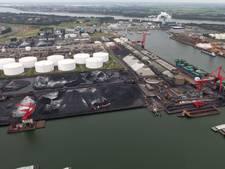 FNV legt bulkschip stil in Europoort om 'moderne slavernij'