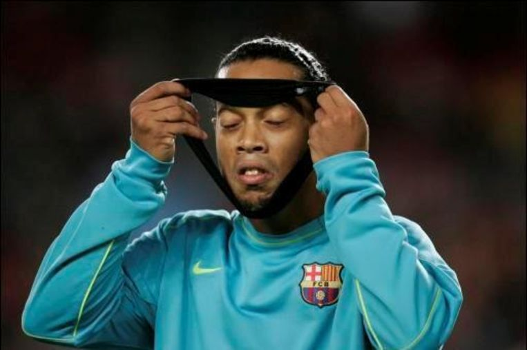 Ronaldinho is al maanden out met een spierblessure. Beeld UNKNOWN