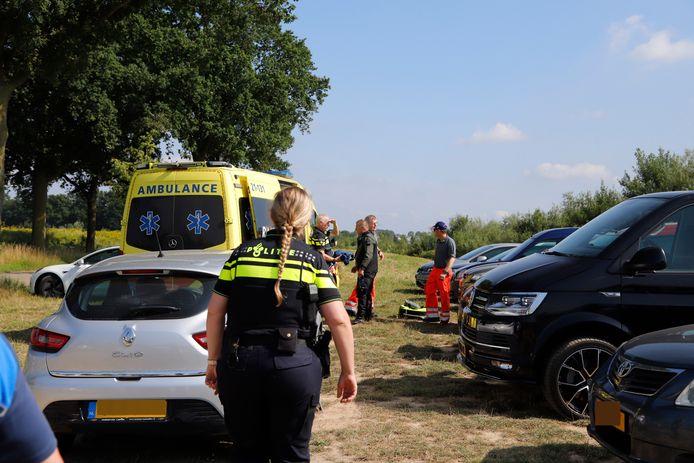Een duiker is in de problemen gekomen in de Kraaijenbergse Plassen.