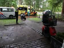 Man op scootmobiel gewond bij aanrijding met scooter in Loon op Zand