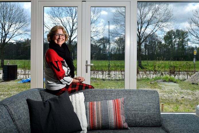 Marianne Piersma wil dolgraag weer op Lakenvelderkoeien uitkijken.