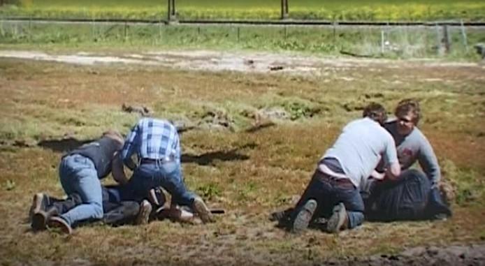 Leden van de burgewacht destijds in actie.