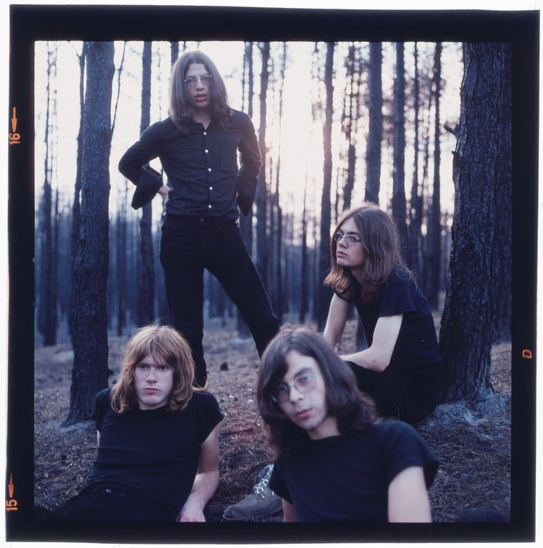 Supersister  in 1970 met (vlnr) Ron van Eck (bas), Marco Vrolijk (drums), Sacha van Geest (dwarsfluit), Robert Jan Stips (toetsen, zang).  Beeld