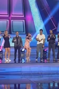 Jenifer et les anciens de la Star Academy reprennent l'hymne de la première saison: attention, nostalgie...