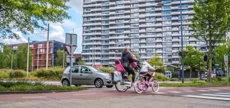 Zo snel mogelijk alternatieve fietsroutes: 'Delflandplein is druk, dát is het probleem'