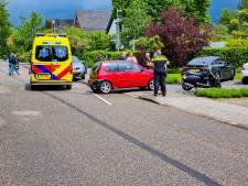 Scooterrijdster gewond door botsing met auto in Doetinchem